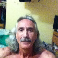 Mike333, Man 57  Powell River British Columbia