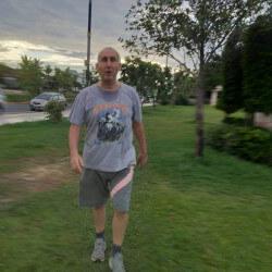 RobertLeisk, Man 66  Bexley Kent